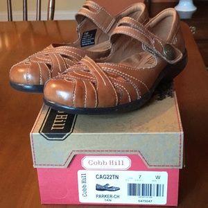 Tan leather NIB Cobb Hill comfort shoes 7 wid